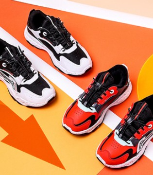 李宁儿童运动鞋 时尚好看 健康舒适