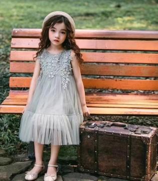 萌宝宝夏日单品 一起感受时尚的魅力吧