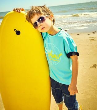 水孩儿夏日新品 沙滩上的亮丽风景!
