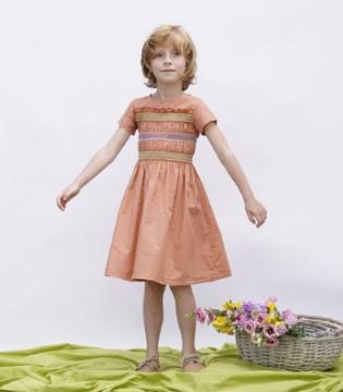 精致唯美的连衣裙 Omibia陪你度过这夏日繁星