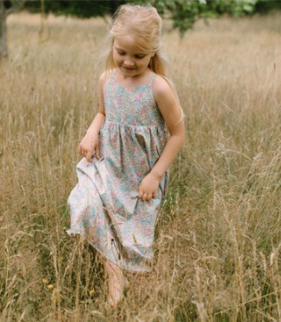 Nellie Quats时尚单品 甜美优雅的服饰 收纳你的少女心