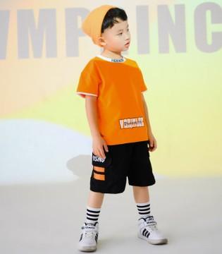 穿上西瓜王子童�b 描�L假日美好色彩!