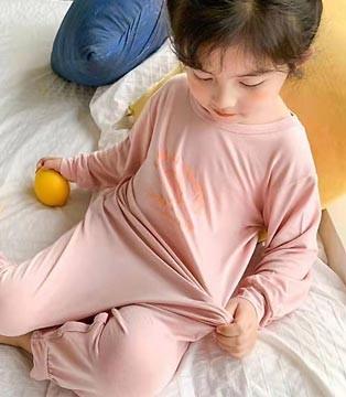 季节更替 就要给宝宝安排上舒适柔软睡衣 健康更有保障