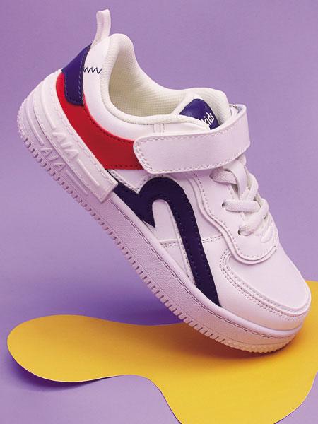 舒适健康童鞋 红蜻蜓匠心打造 呵护足部健康不变形