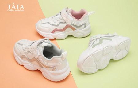 百丽时尚单鞋 可爱鞋子 萌娃的标配