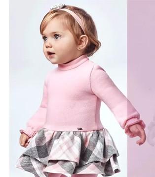 """""""洋葱式穿衣法"""" 给宝宝随时变装"""