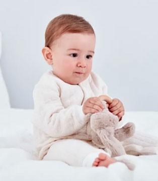 安宝儿 用安全标准给婴儿贴心守护