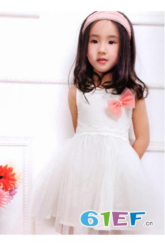 索黛纳童装品牌 让孩子穿的舒适