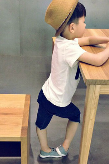 Moncler中大童服装2015年秋季新品