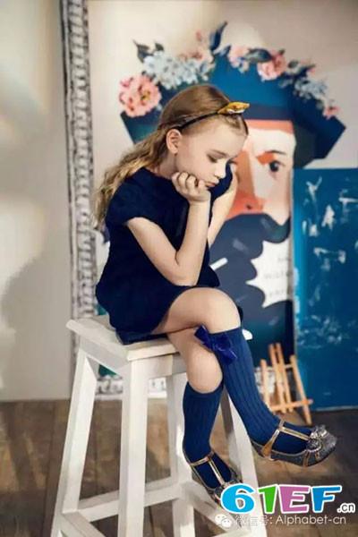 爱法贝童装品牌2015年秋冬新品