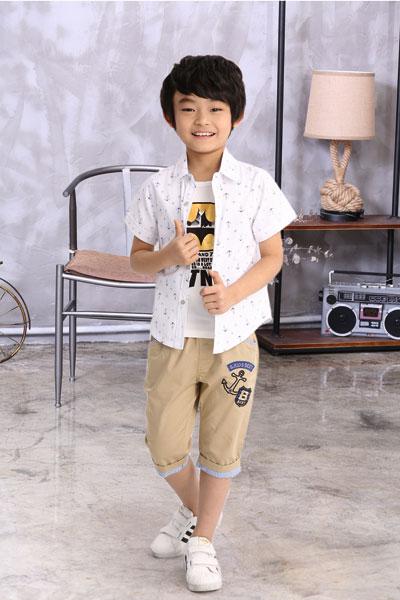 品牌童装小熊B琪 儿童时尚倡导者