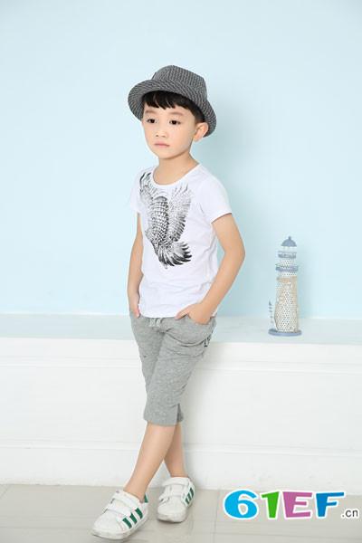 花鱼童话童装设计理念与风格相结合