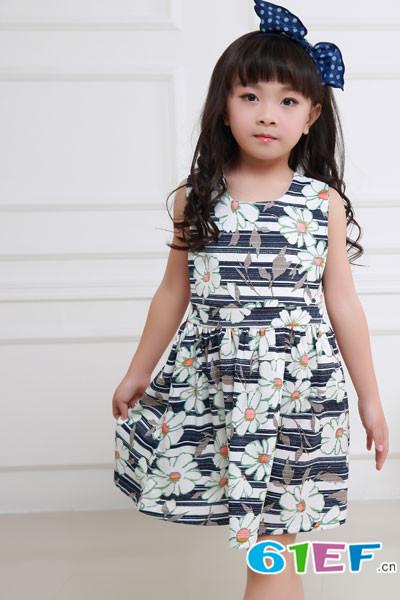 花鱼童话童装款式多样满足市场