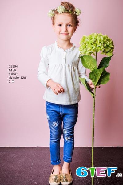 力果婴童用品    时尚的童装