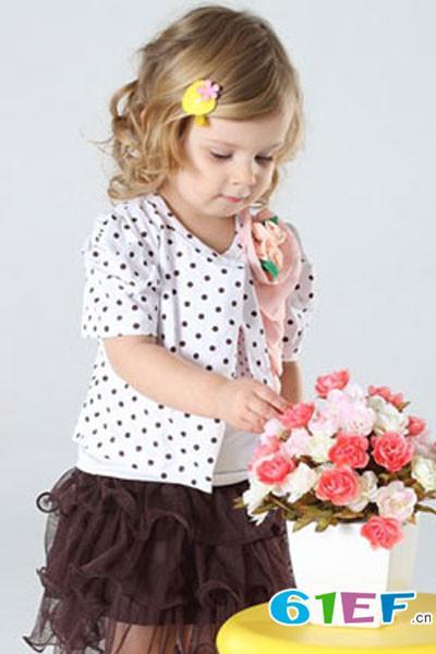 开童装店  加菲A梦童装品牌 中端童装品牌
