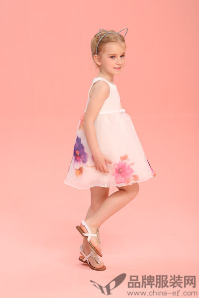 Folli Follie童装品牌    为时尚而奋斗