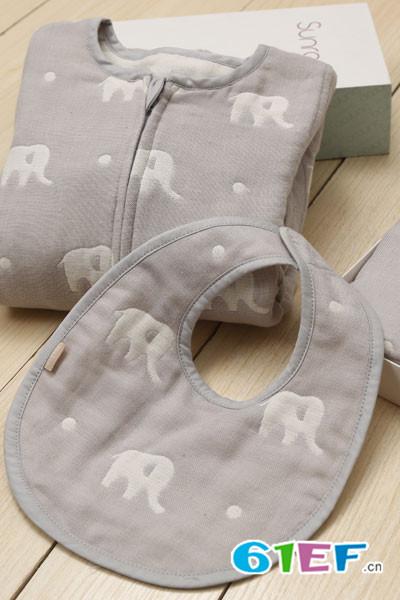 阳光鼠童装品牌 专门针对婴幼儿而制定的童装标准