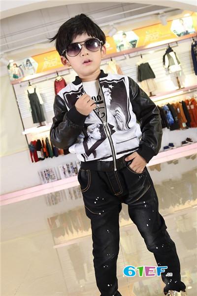 零零柒童品童装品牌    率真童年