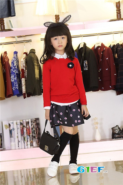 零零柒童品童装品牌  时尚而不张扬