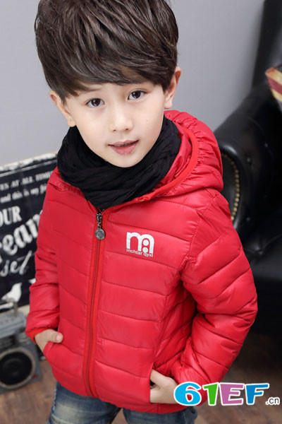 巴拉巴拉品牌折扣加盟,广州童领服饰