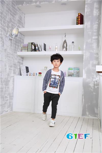 花鱼童话童装 时尚的最佳选择
