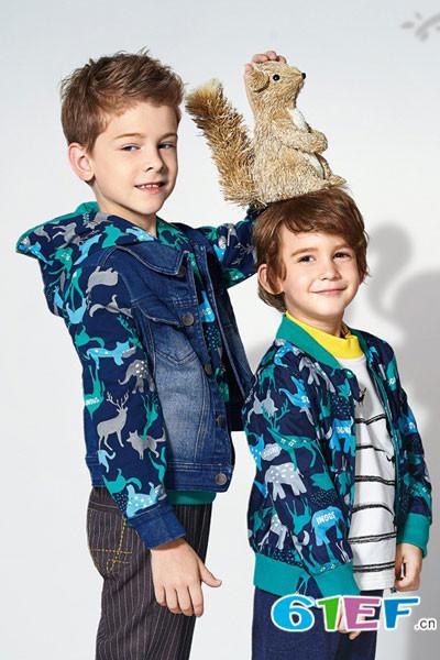小神童童装品牌   时尚和纯真