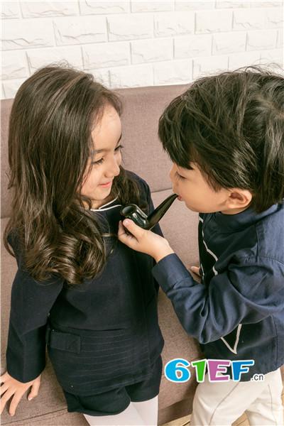 加盟时尚、简约 五月童品 mayosimple童装品牌