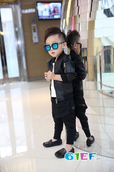 让孩子轻松拥有最适合的时尚造型  加菲A梦童装品牌