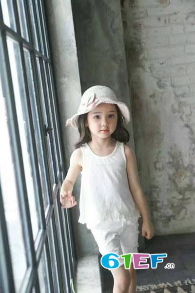 童领服饰童装品牌  提升儿童乐趣!