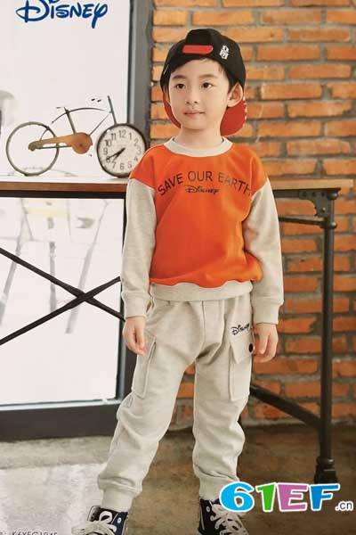 其墨儿童装品牌  蕴时尚环保概念,融现代流行风格
