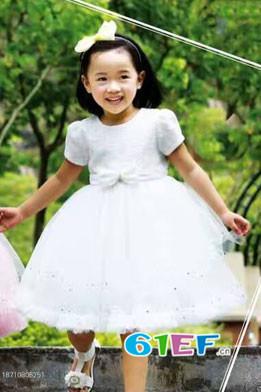 凡兜童装品牌 欢乐的世界 打造健康舒适时尚的着装