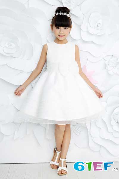辛巴娜娜童装 致力于成为白领妈妈最心怡的童装品牌