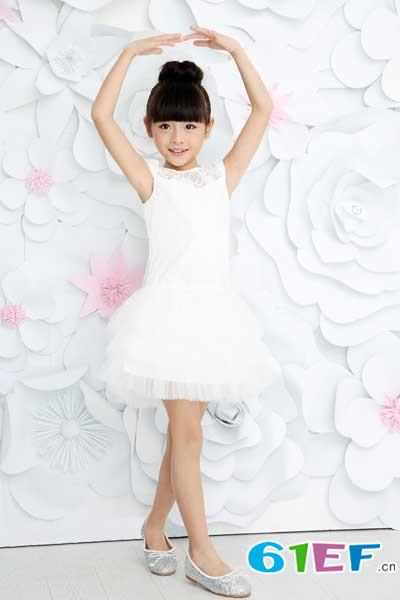 辛巴娜娜童装品牌2017年春夏新品