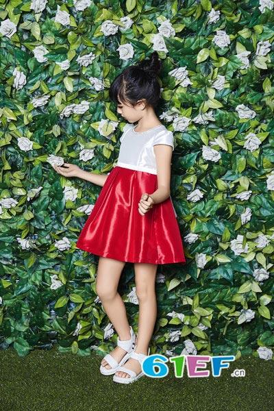 贝布熊BeiBuXiong童装品牌 满休闲、时尚的需求