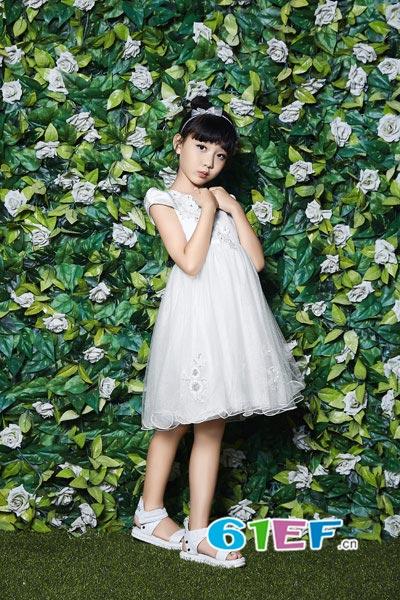 贝布熊BeiBuXiong童装品牌 开店就要多姿多彩时尚