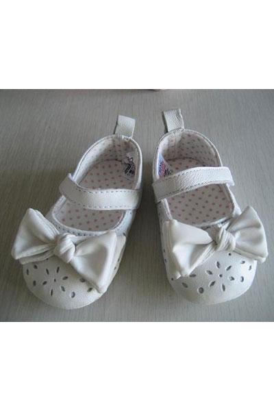 欢乐贝童鞋品牌 宣传我们的健康理念