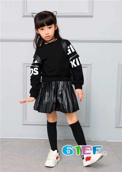 开时尚童装店 加盟007童品童装品牌 设计师的精心创作