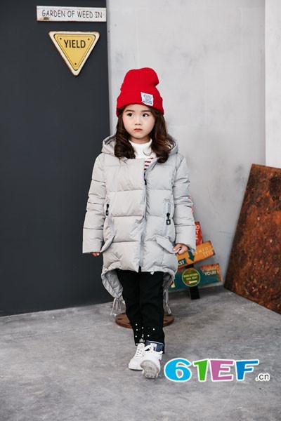 兔子杰罗童装品牌  精致的休闲都市混搭主义儿童服饰