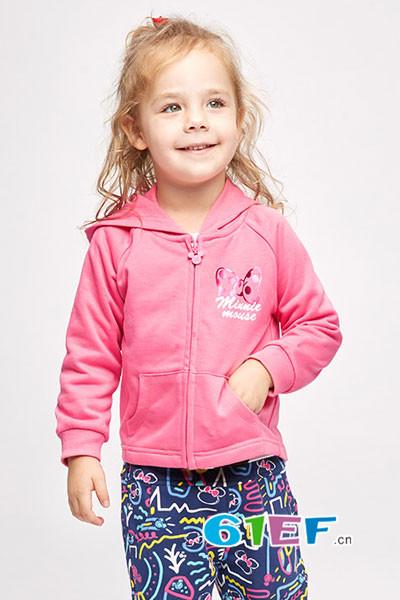 贝贝帕克童装品牌加盟 描绘孩子的天性,装扮趣味盎然的童年
