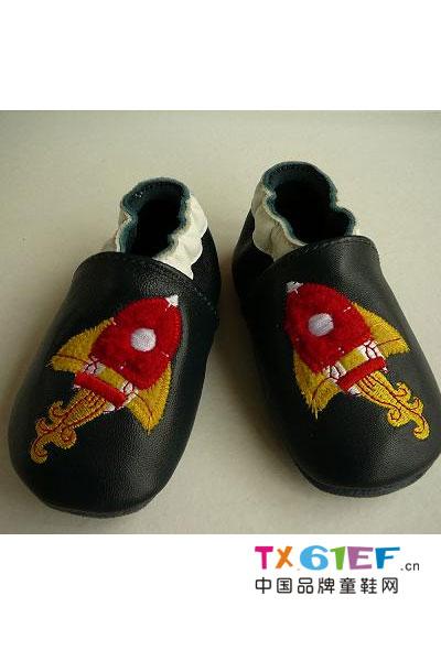 欢乐贝童鞋品牌刺绣鞋