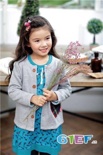 KICCOLY童装品牌2017年秋冬纯棉休闲外套