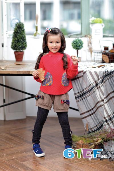 KICCOLY童装品牌2017年秋冬复古棉上衣