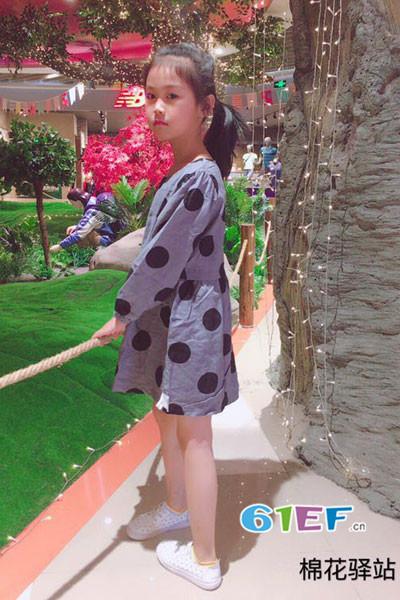 棉花驿站童装品牌2017年秋季波点长袖连衣裙