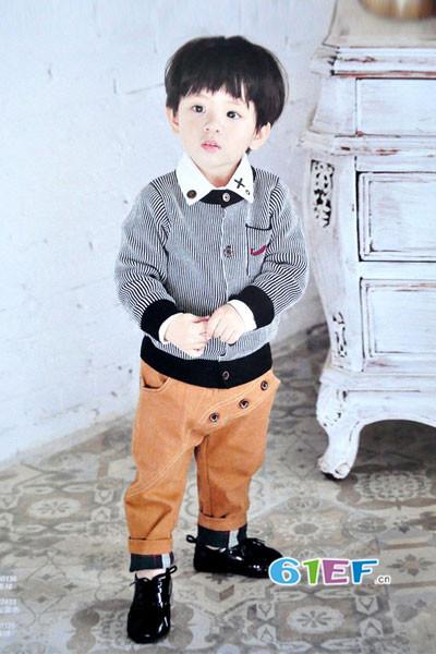 dishion的纯童装品牌2017年秋冬潮童条纹休闲外套