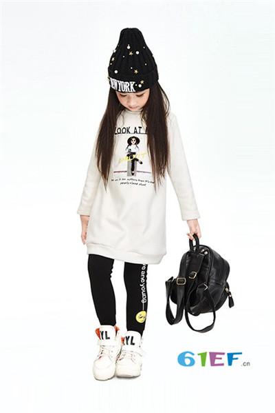 伟尼熊童装品牌2017年秋冬可以银行卫衣