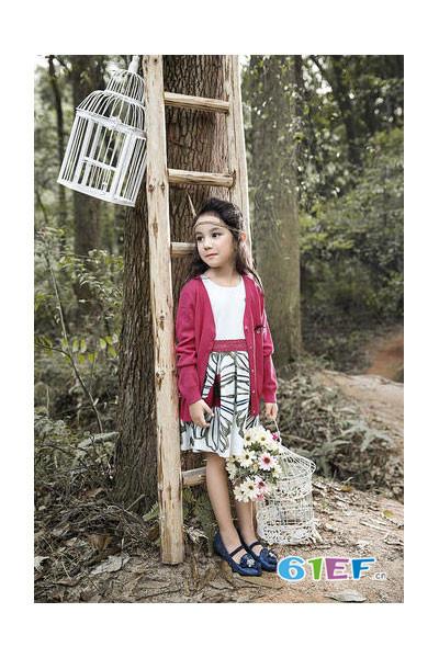 樱桃巧克力龙8国际娱乐官网品牌2017年秋冬休闲针织开衫