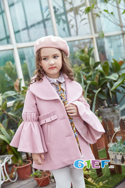 叽叽哇哇童装品牌2017年秋季公主宽袖呢大衣