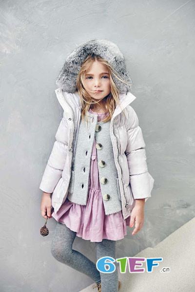芭乐兔童装品牌招商,绚丽的色彩点缀店铺