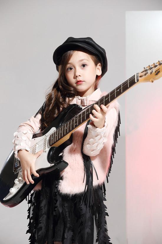 Lily-BaLou莉莉日记童装品牌2017年冬季新品