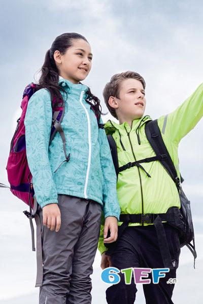 加盟CAMKIDS垦牧童装品牌,对加盟商的道具实行定期返还